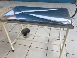 Mesa veterinaria de atendimento R$400