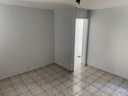 Apartamento 2 Quartos, 1 suíte, com 60m2, no Centro, por R$ 120.000,00