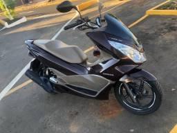 Honda PCX DLX 2017 150cc Km baixa Impecável