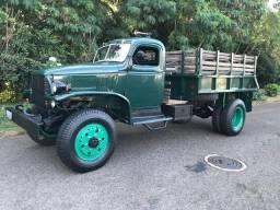 Chevrolet 1947 diesel padrão exército
