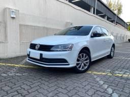 Volkswagen Jetta Trendline 1.4 Turbo 2016 Impecável