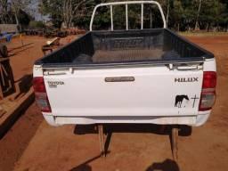 Vendo carroceria de lata Hilux 2014