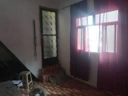 Excelente casa com 2 quartos vendendo em Bento Ribeiro por 160 mil. Aceita financiamento!