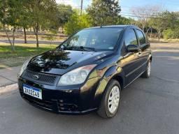 Ford / Fiesta 1.0 Flex 2008 R$ 16.900