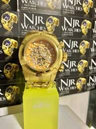 Título do anúncio: Relógio Invicta zeus banhado novo lacrado