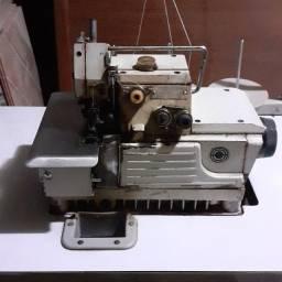 Maquina de costura - usada