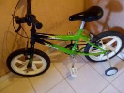 Bike BMX Monark semi nova aro 16 (FAÇO ENTREGA)