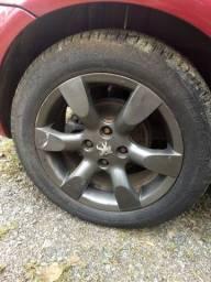4 aros de liga leve com pneus