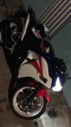 Moto honda cbr 250 r - 2012