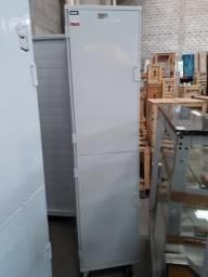 Armário de Crescimento Seco 2 Portas Para 20 Assadeiras ou Esteiras 40x60 Epóxi - Imeca