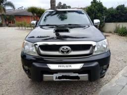 Hilux SRV 3.O 4X4 em excelente estado - 2007