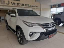 Toyota/Hilux SW4 Srx