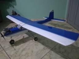 Aeromodelo Treinador com Motor 46 e Servos Só colocar bateria/receptor