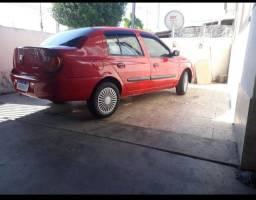 Clio 2006 sedan ( só no whats)