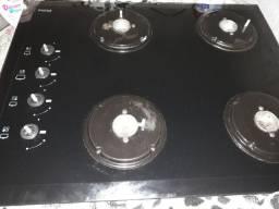 Vendo fogão em bom estado de uso