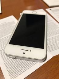 iPhone SE excelente