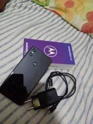 Smartphone Motorola One 64GB Dual Chip Android Câmera 13 + 2MP