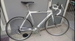 Bike importada Cannondale (super leve)