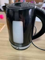 Chaleira black Decker  Eletrica 2 litros , usada 5 vezes no máximo
