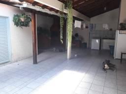Casa 3 quartos, QNL 23, de conjunto
