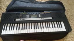 P vender logo teclado yamaha profissional bem conservado novo