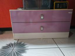 Criado mudo lilás