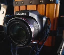 Câmera fotográfica Lumix Fz47 (Panasonic) com equipamentos
