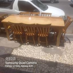 Mesa 8 cadeiras madeira
