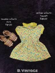 Vestido e sandália infantil