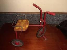 Velocípede ou triciclo década de 50