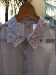 Blusa transparente com bordado , tamanho P