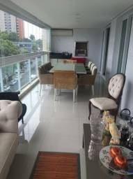 Luxuoso Apartamento na Mário Ypiranga com Varanda Gourmet
