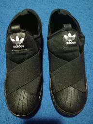 Vendo Tênis Feminino da Adidas tamanho 36 novo