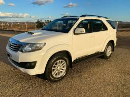 Hilux Sw4 2015 - 7 Lugares