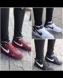 Botinha Nike Premium
