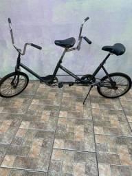 Bicicleta monareta dupla