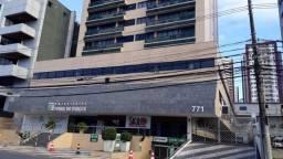Sala em Frente ao Shopping Itaigara