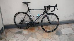 Bicicleta Speed Cannondale Caad8