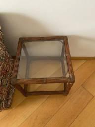 Mesinha de vidro + cadeira