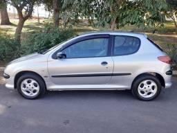 Peugeot 206 Ano 2002/2003