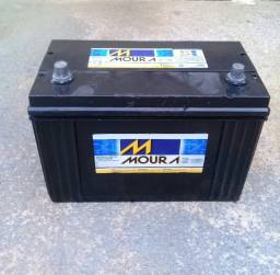 Bateria moura 100 amperes R $ 200,00