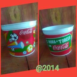 Balde de pipoca promocional copa 2014 no Brasil coca-cola