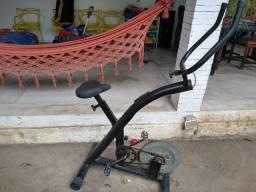 Bicicleta Ergométrica Profissional