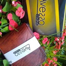 Carteiras couro R$ 10,50 a partir 10 unidades fazemos entrega .