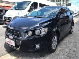 GM Sonic 1.6 LT Hatch 2014 Completo Extra
