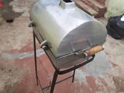 Churrasqueira de alumínio batido