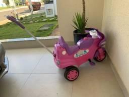Vendo Triciclo infantil feminino - bicicleta
