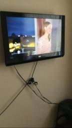 """TV 32"""" AOC muito barata"""