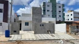 COD C-18 Casa no José Américo com 2 quartos documentação inclusa
