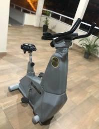 Bike ergométrica profissional da Movement BM2700